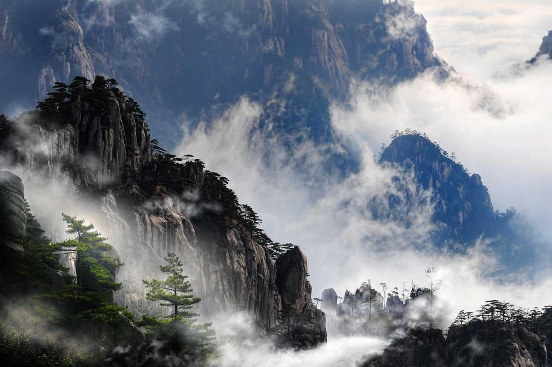 Các địa danh nổi tiếng thường xuất hiện trong các phim kiếm hiệp của Kim Dung.8